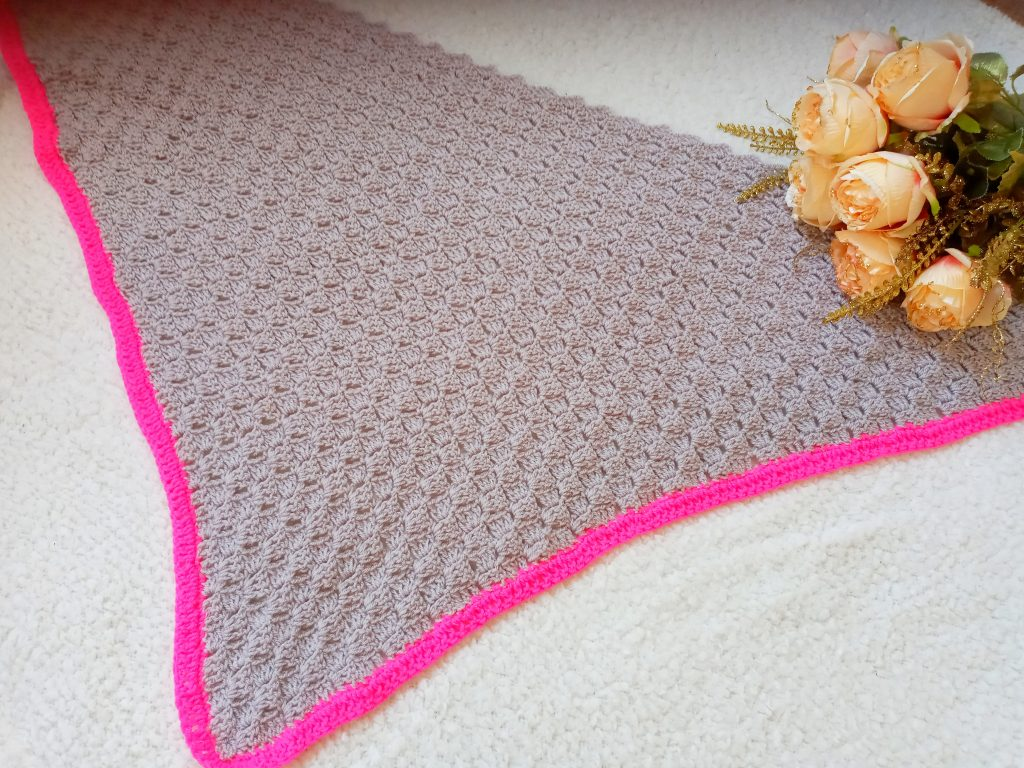 Crochet The Back to the 80s Shawl
