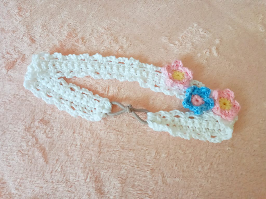 Crochet Romantic Headband with Flowers