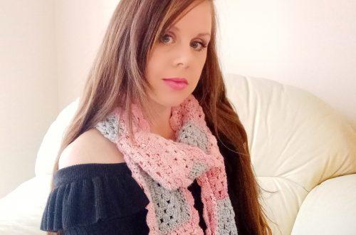 Crochet The Sweetheart Scarf