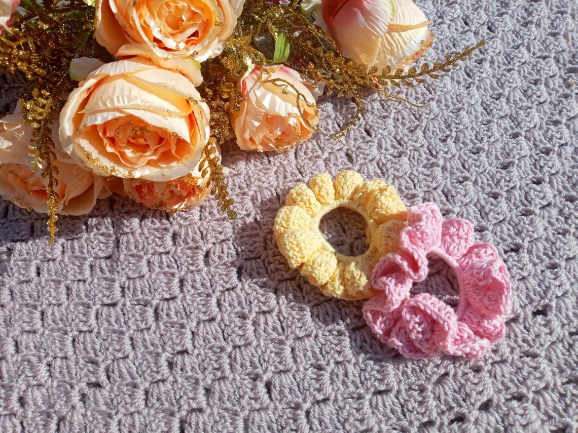 Crochet a Cotton Scrunchie