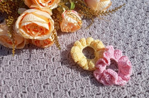 Crochet a Cotton Scrunchie