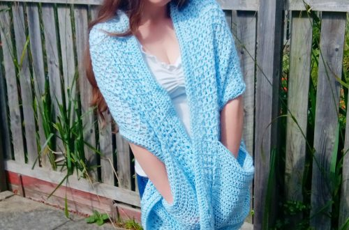 Crochet a Pocket Shawl