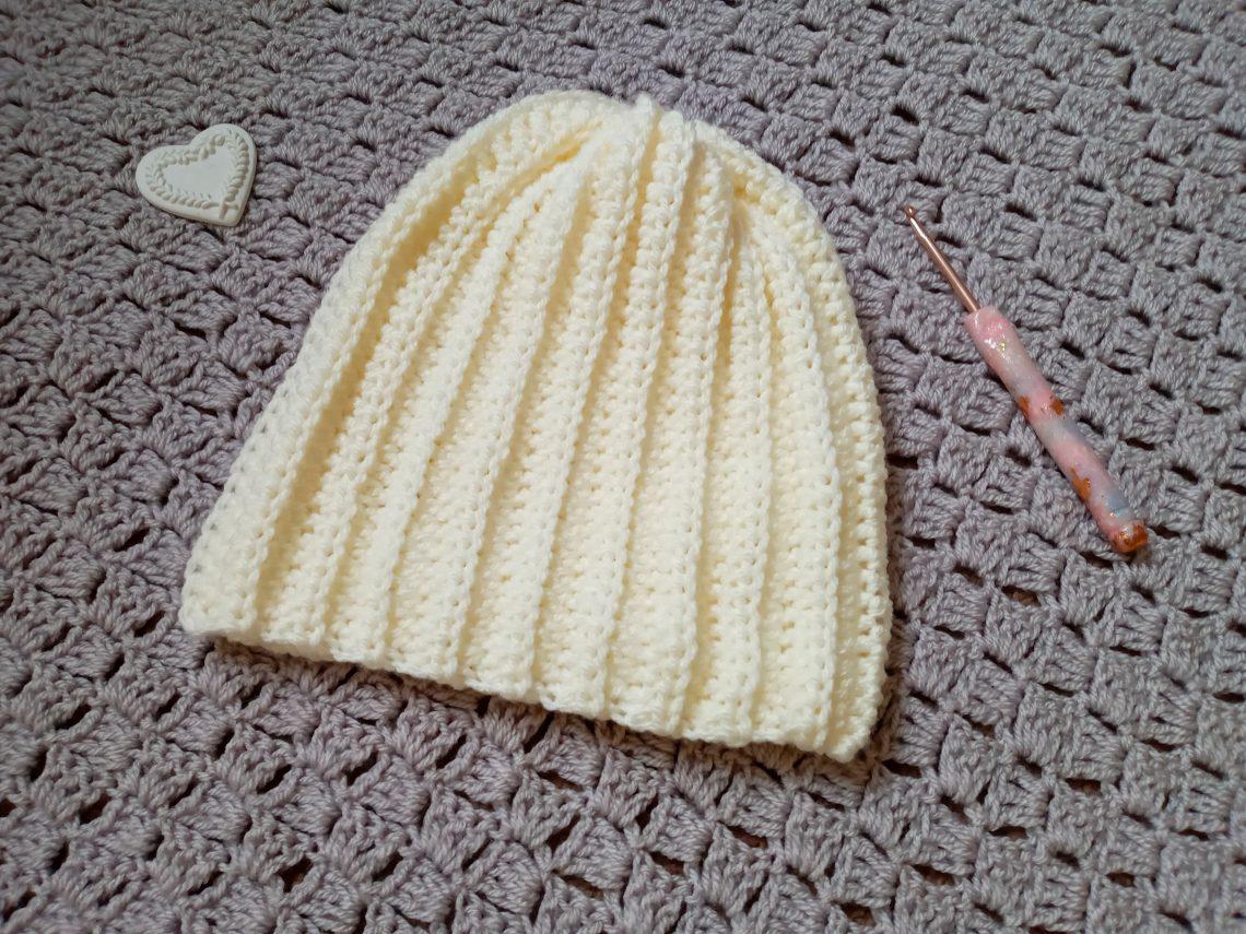 Crochet Feminine Easy Ribbed Beanie