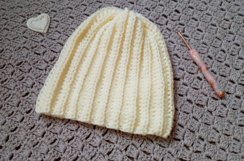Crochet Feminine Easy Ribbed Beanie