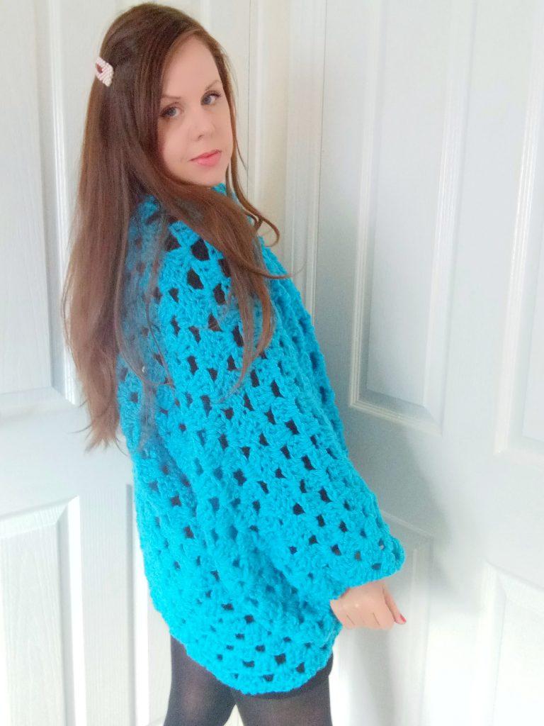 Crochet Le motif de cardigan hexagonal saphir